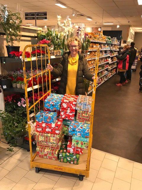 Weihnachten-im-Schuhkarton-REWE-2018-e1542366014814.jpg